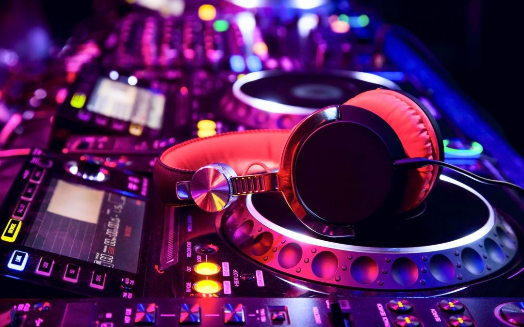 The Best DJs in Atlanta Are Here for Your Wedding and Private Party.