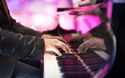 8 Benefits of Using a Pianist for Hire